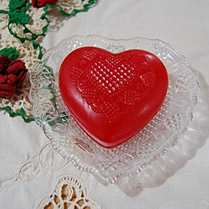 VINTAGE AVON HEART& DIAMOND SOAP